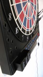 Elektronische Dartscheibe Dartona JX2000 Turnier Pro Zubehör Detail / Dartscheiben-Testsieger.de